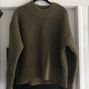 Everlane Sweaters - Everlane waffle Knit green crew.